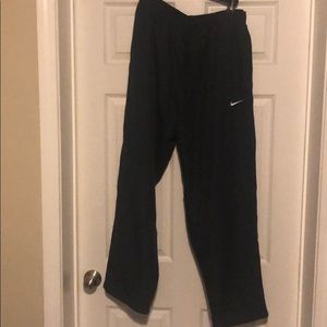 nike track pant/non smoking home